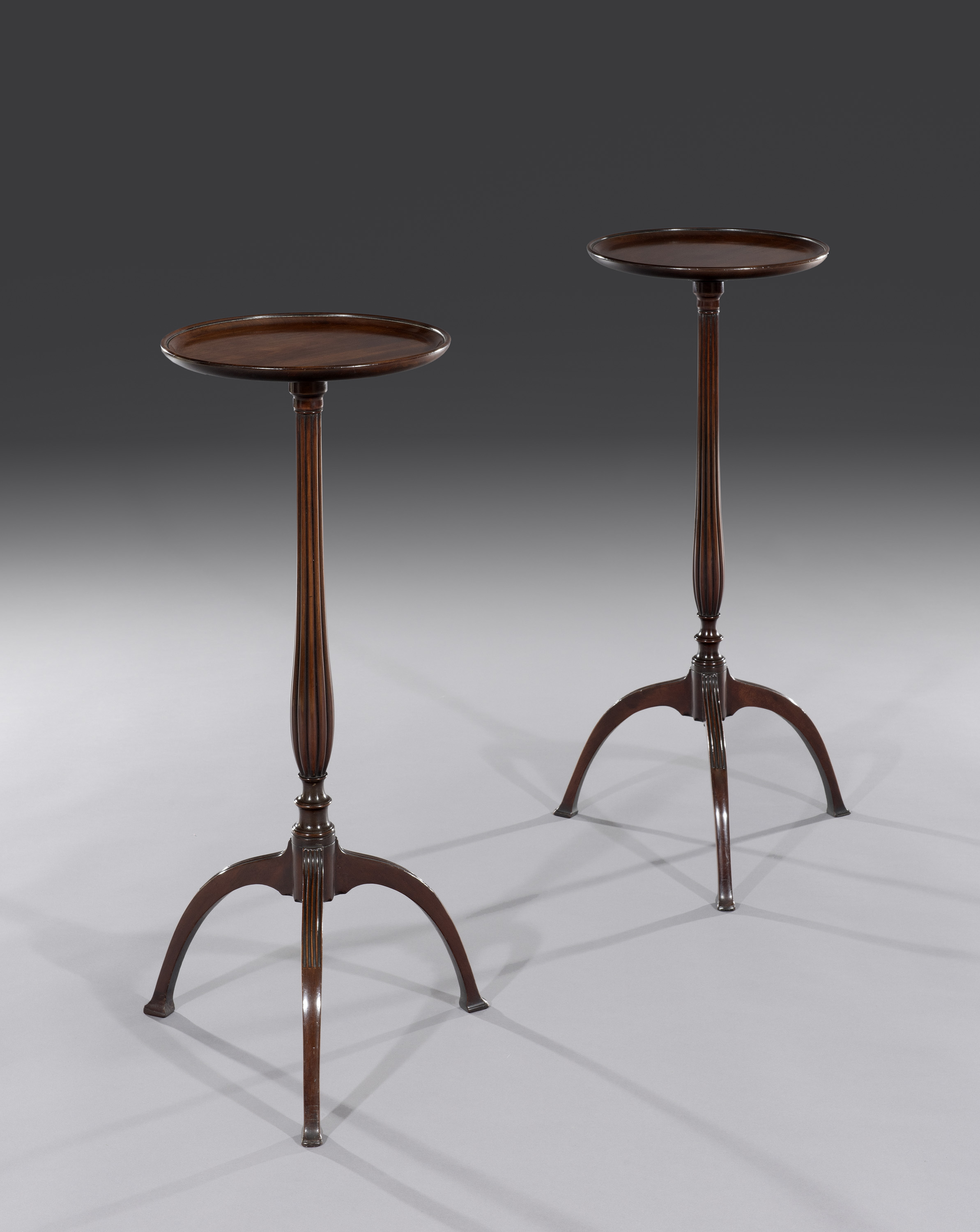 Ottery Antique Furniture Pair Of Wine Or Lamp Tables